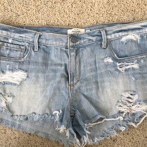 Jean shorts distressed